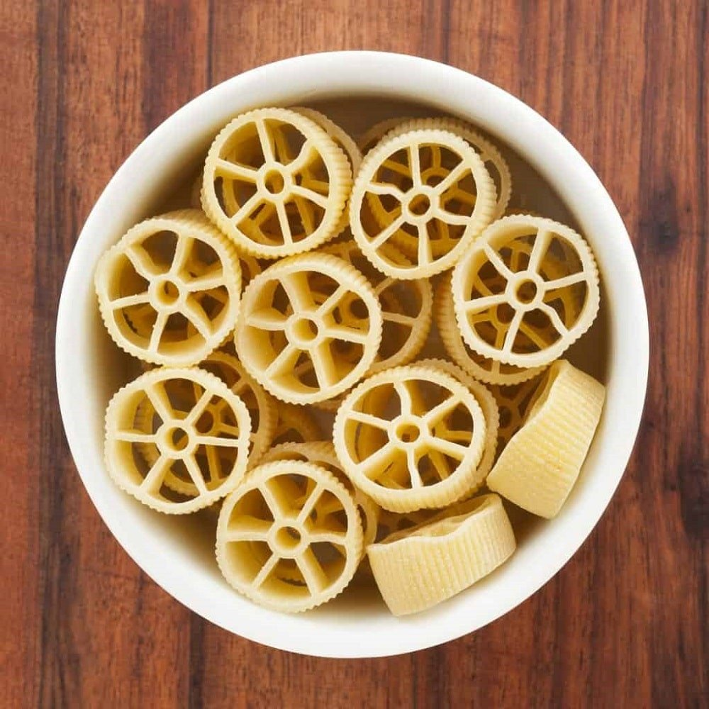 A bowl of Rotelle pasta.