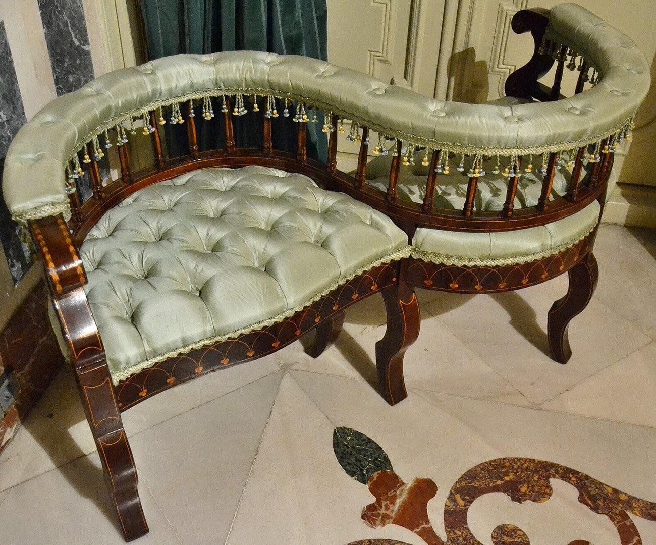 Victorian Tete-a-Tete Chair
