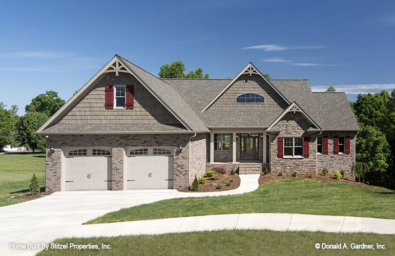 4-Bedroom Two-Story The Whitford Country Home for Sloped Lots