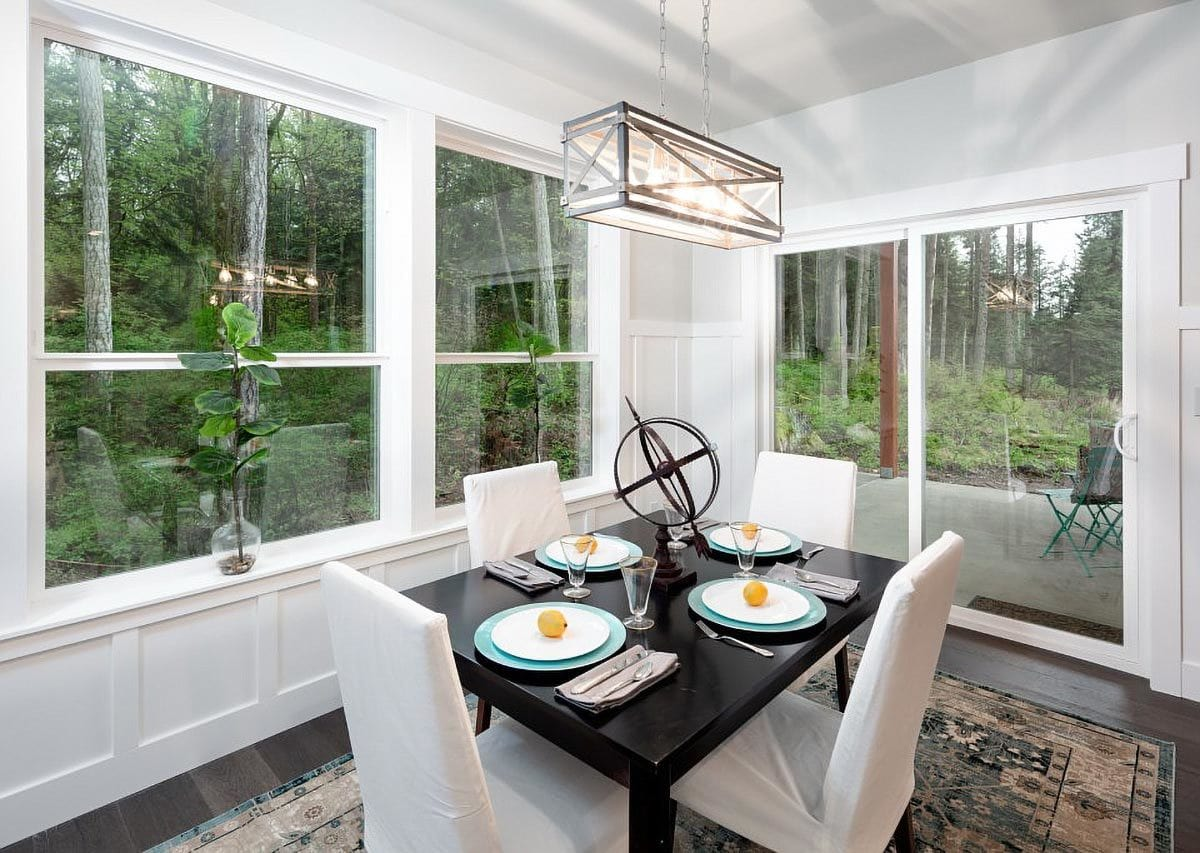 Sliding glass doors in the dining area leads out to the covered back porch.