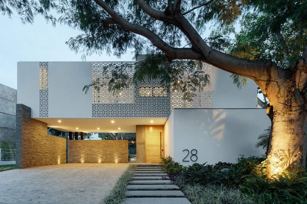 Casa La Blanca by Di Frenna Arquitectos