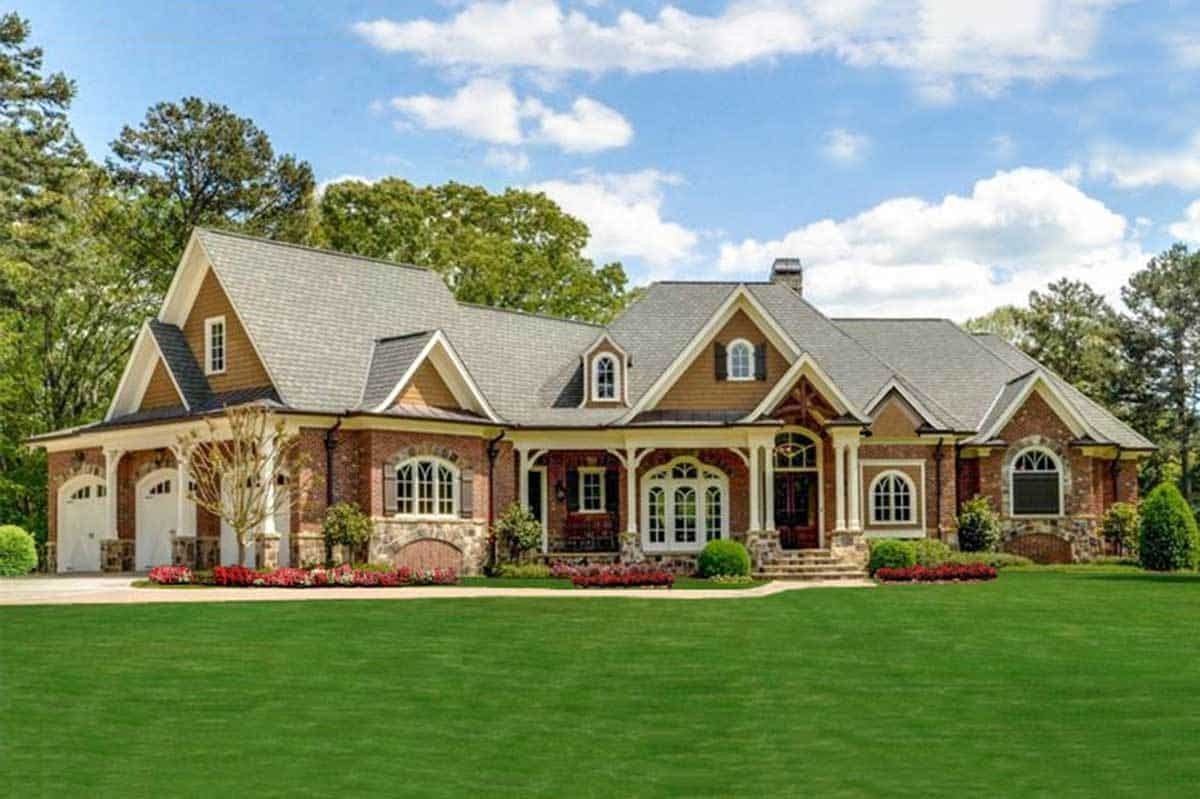 3-Bedroom Single-Story Southern Home with 4-Car Garage