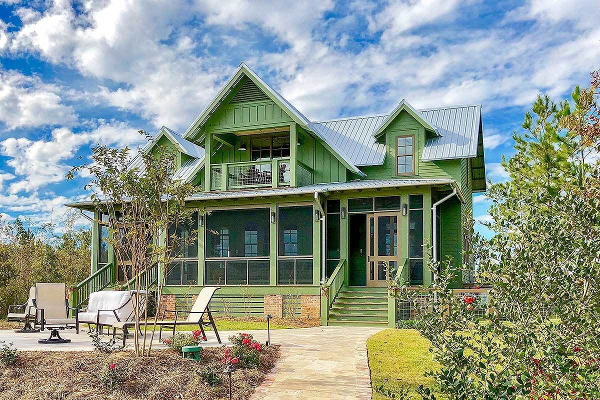 3-Bedroom Two-Story Cottage with a Big Loft