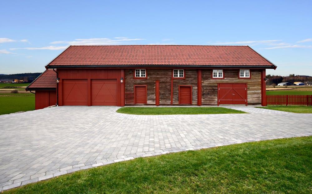 Barndominium rustic