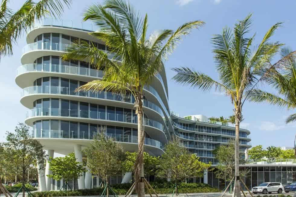 This is the exterior look of the condominium building. The penthouse is the top two levels surrounded on three sides with glass walls. Image courtesy of Toptenrealestatedeals.com.