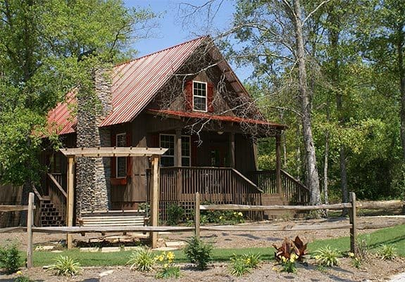 Two-Story 2-Bedroom Cabin Retreat