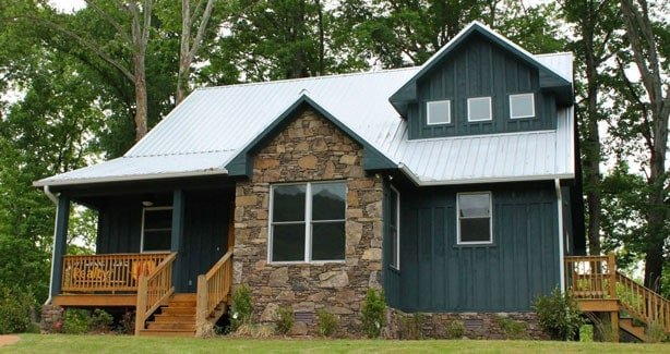 Two-Story 3-Bedroom Country Place Cabin