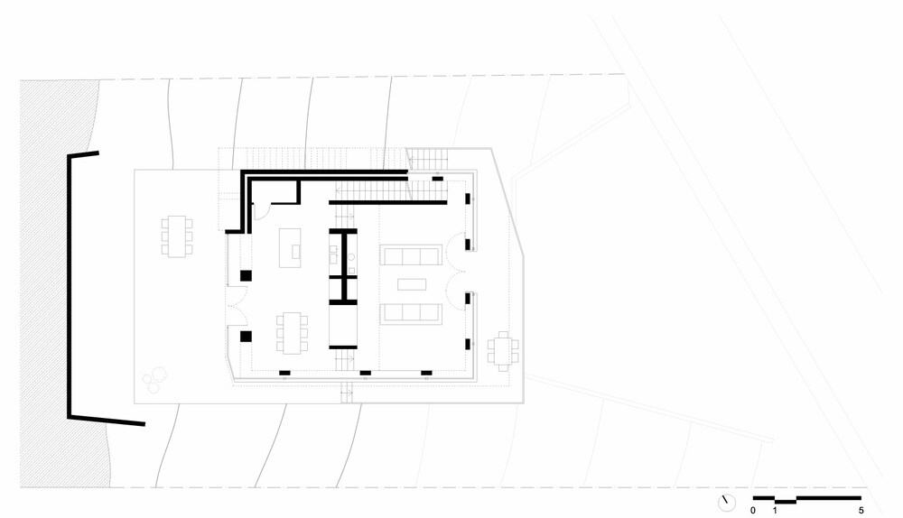 This is an illustration of the second level floor plan and its sections.