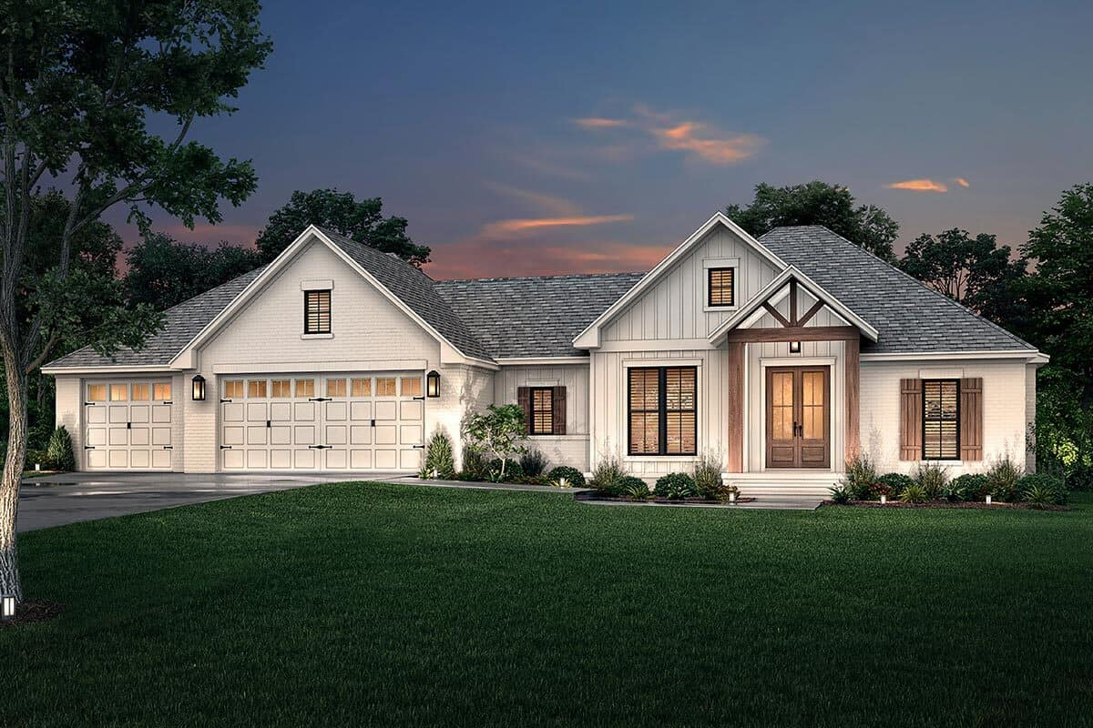 4-Bedroom Single-Story Contemporary Craftsman with Three-Car Garage