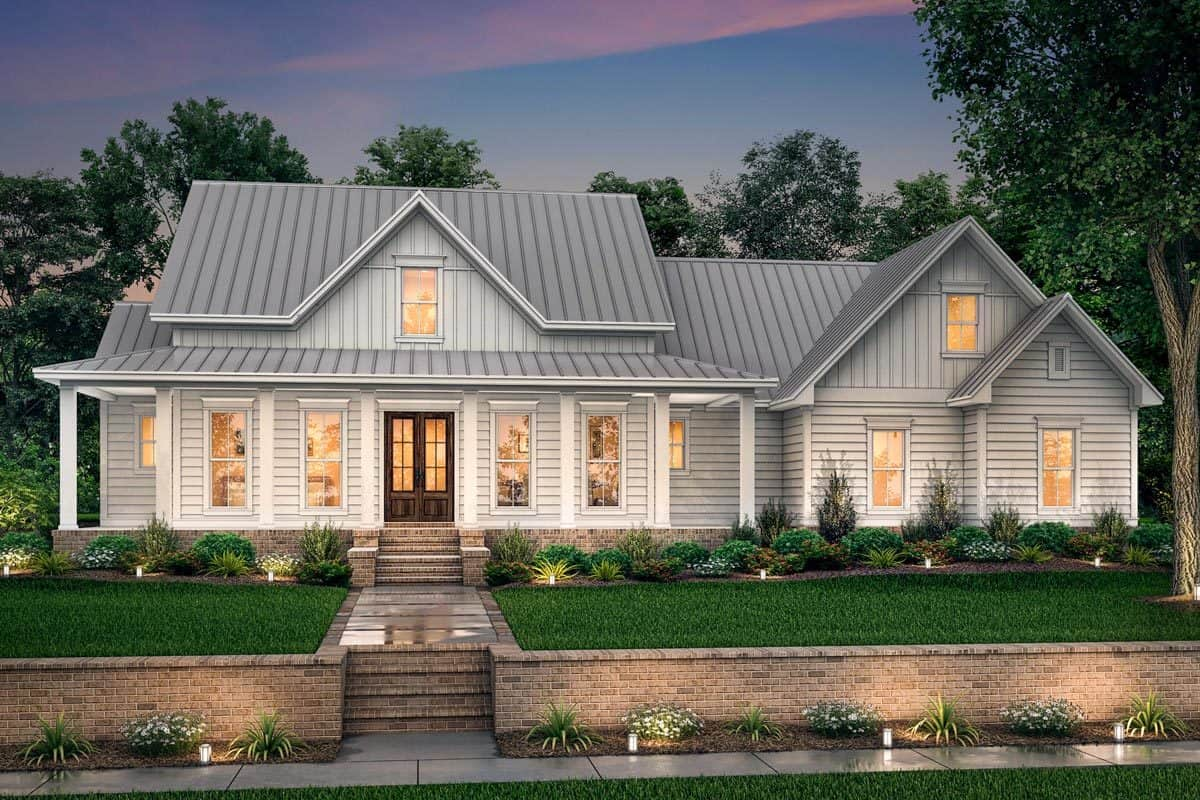 Front rendering of the 4-bedroom two-story farmhouse.