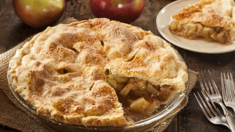 A freshly-baked homemade apple pie.