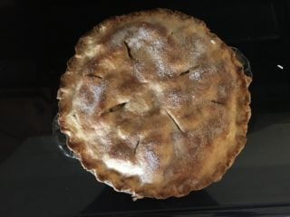 A freshly-baked batch of apple pie.