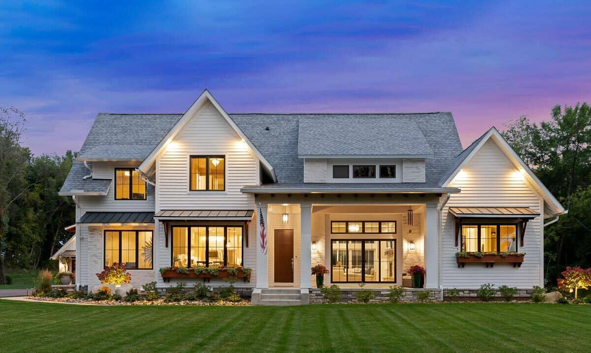 Two-Story 5-Bedroom Modern Farmhouse with a Loft