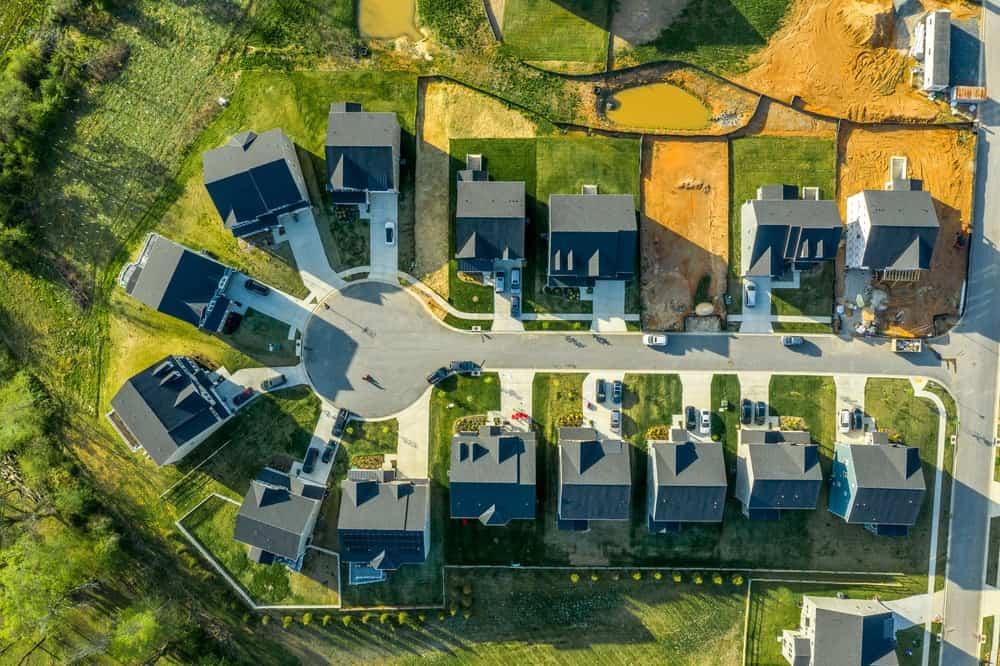 This is an aerial view of a cul-de-sac dead end street.