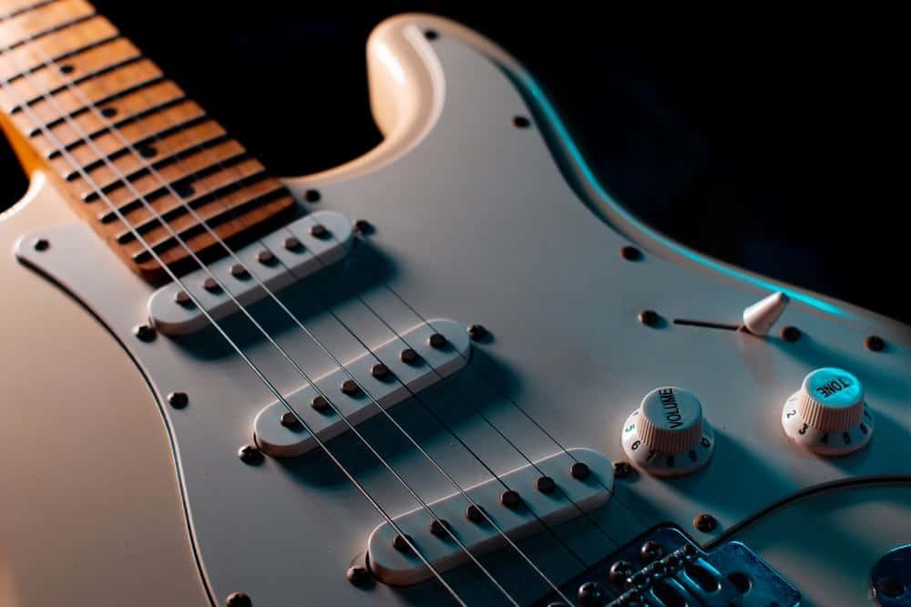A close look at an electric guitar.