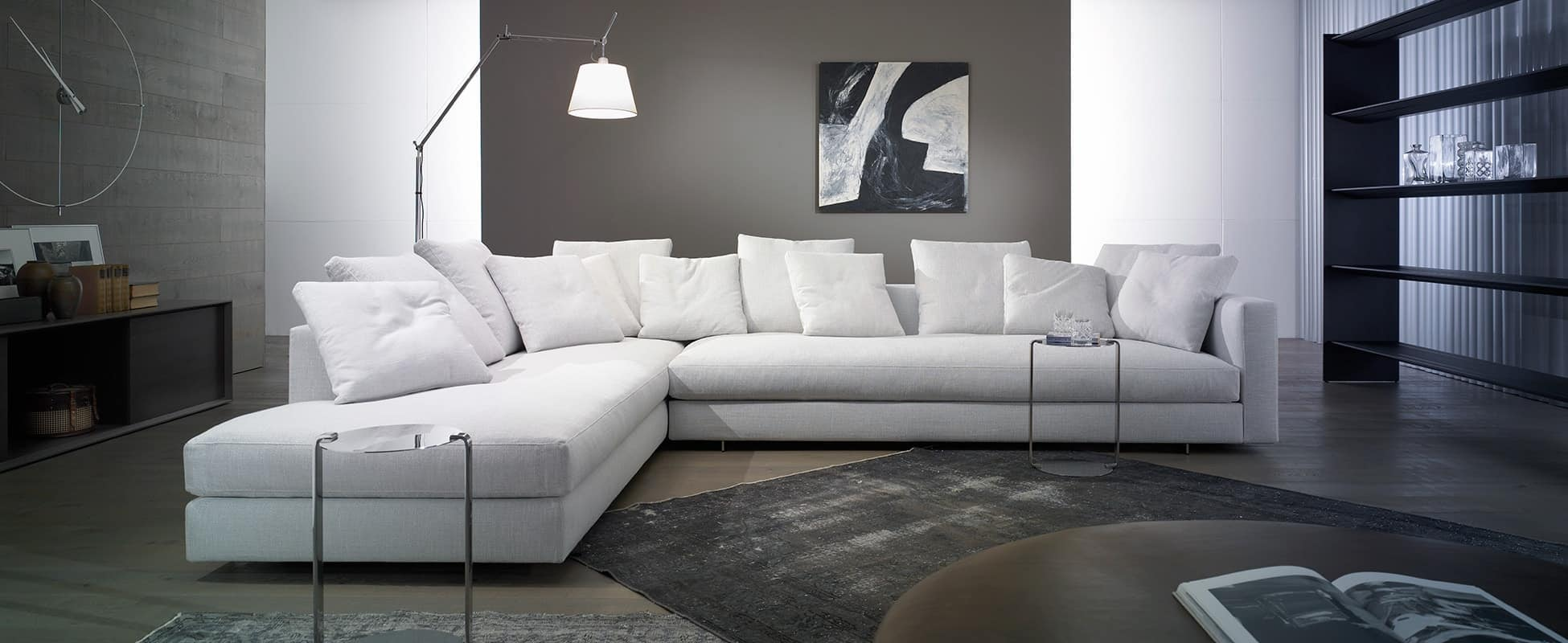 Casa Desus' Alex Sofa