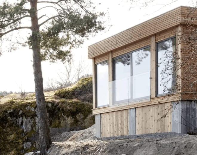 Fjordeveien House by Hesselbrand