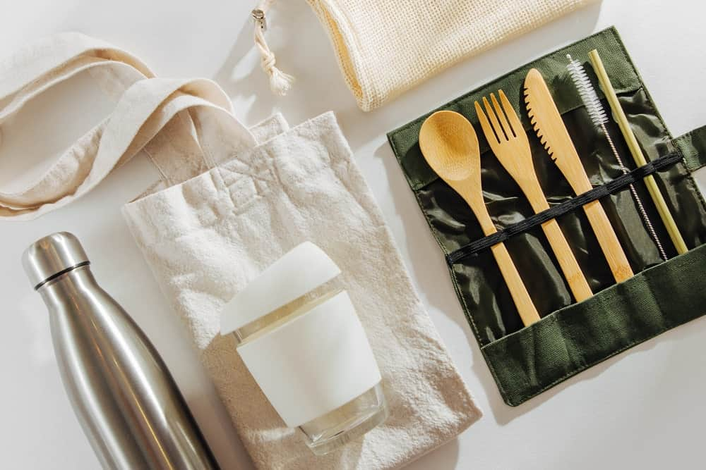 This is a set of eco-friendly dining ware.