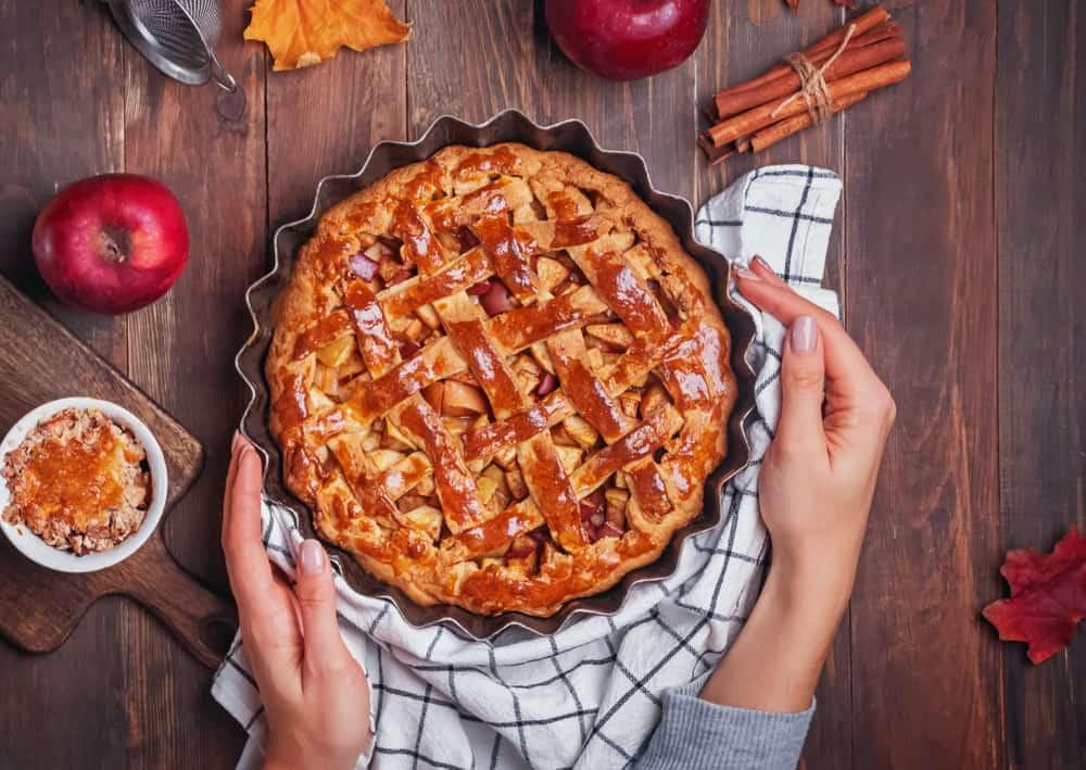 A freshly baked apple pie still hot.