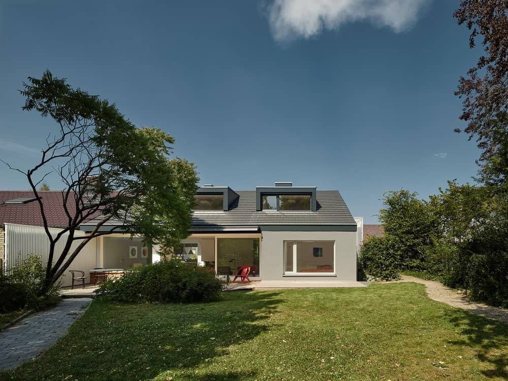 Conversion of a 1960s House in Waldenbuch by Schleicher.Ragaller Freie Architekten BDA