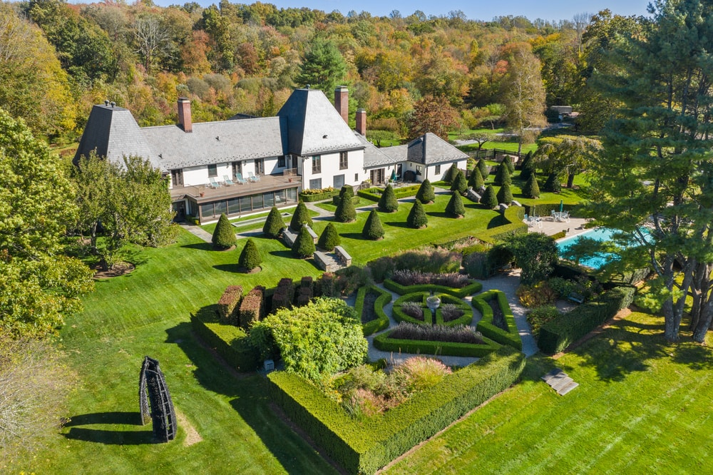 This is an aerial view of the large decorative maze garden that is well manicured and maintained. Image courtesy of Toptenrealestatedeals.com.