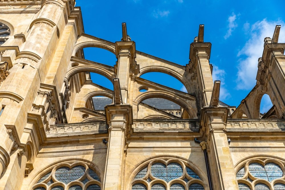 This is a close look at a gothic church with flying buttresses.