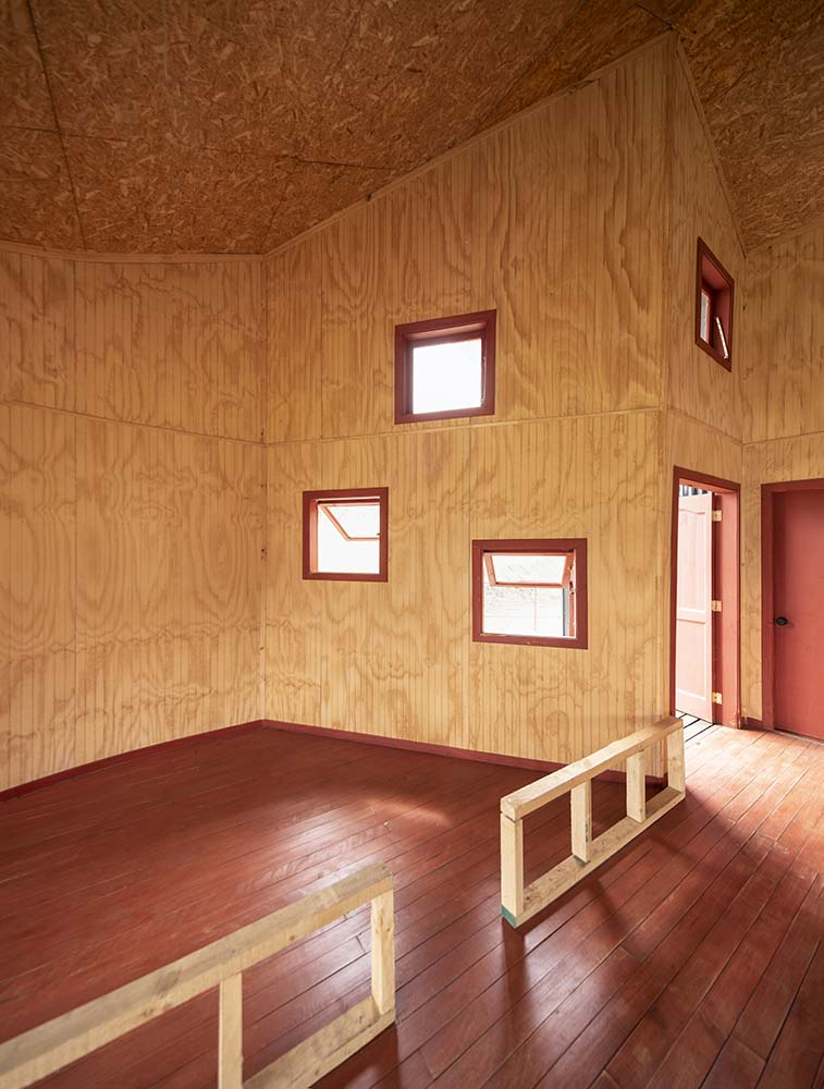 Right beside the main entrance of the house is a place perfect for a dining area with three small windows on the side.