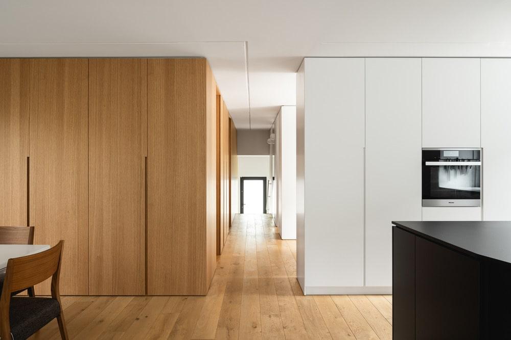 10th Avenue by Paul Bernier Architecte