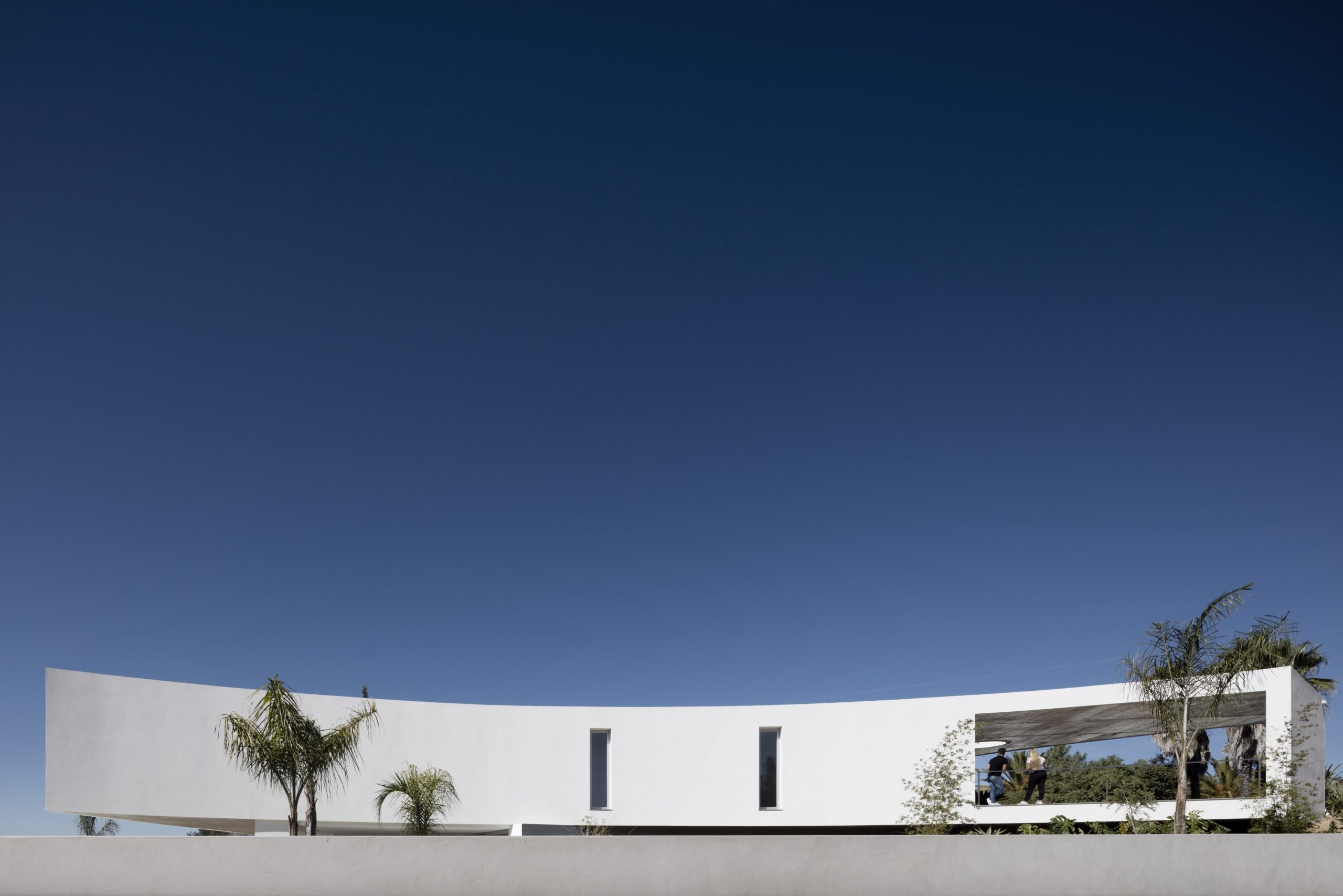 House in Alcalar by Vitor Vilhena Arquitectura