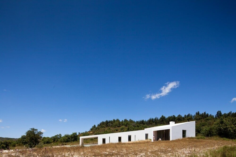 House in Odemira by Vitor Vilhena Arquitectura
