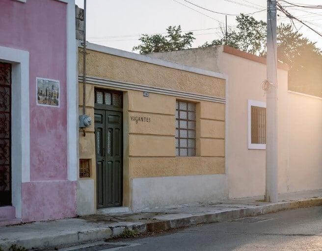 Casa Vagantes by Gina Góngora + Arista Cero