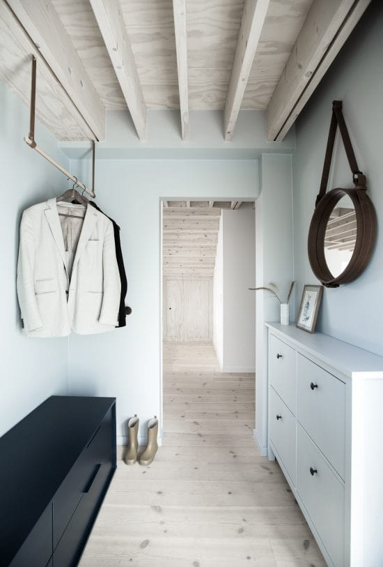 Upon entry of thehouse, you are welcomed by this small foyer with a mudroom.