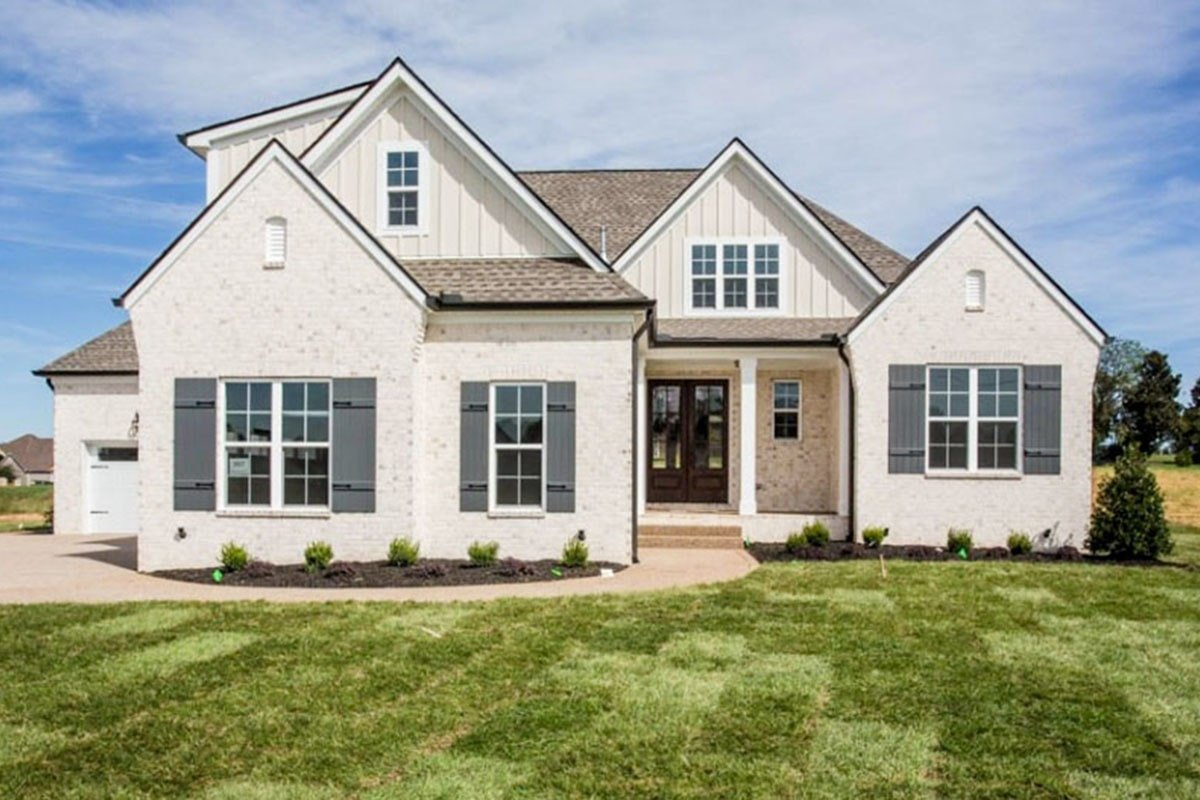 Two-Story 4-Bedroom Country Home with Upstairs Bonus Room