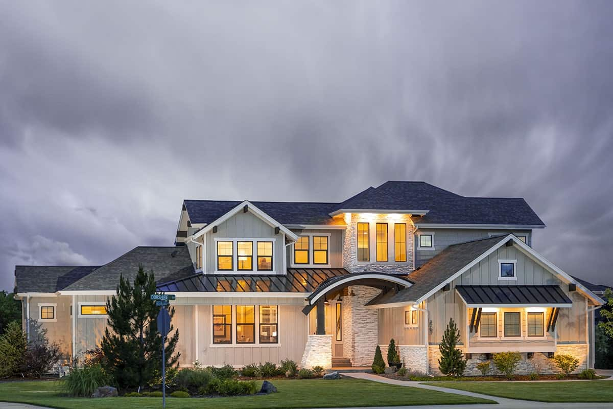 Two-Story 5-Bedroom Craftsman Mountain Home with 3-Car Garage and a Loft