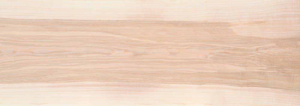 A close look at the white ash wood grains.