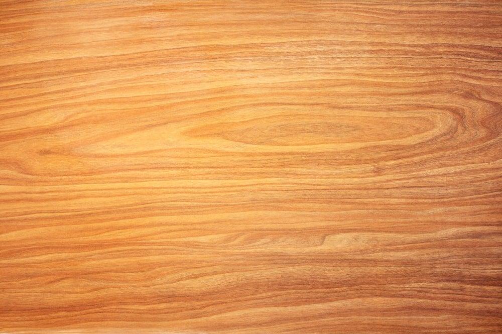 A close look at the cedar wood grains.