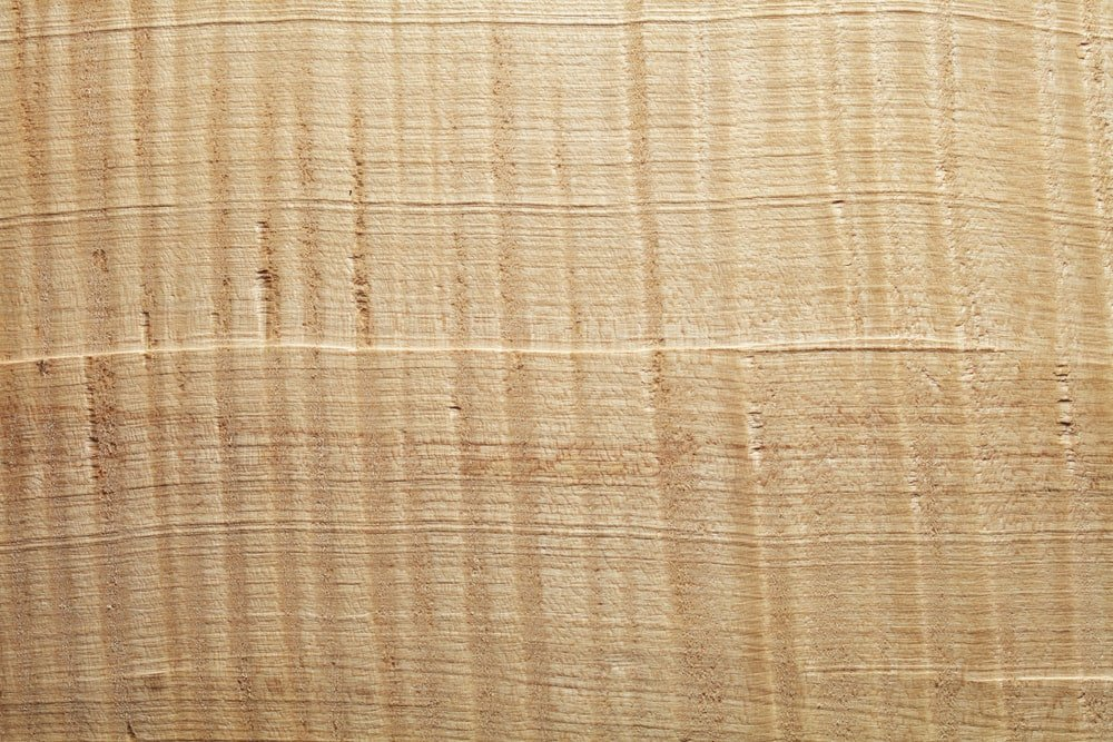 A close look at the sycamore wood grains.