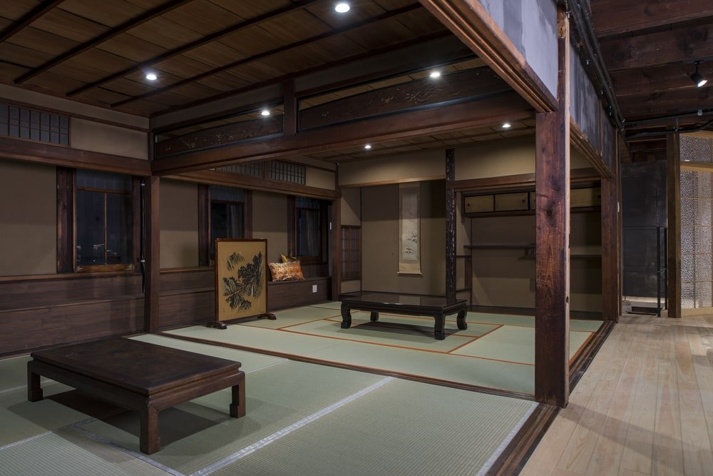 This is the second floor that has two Japanese-style dining areas.
