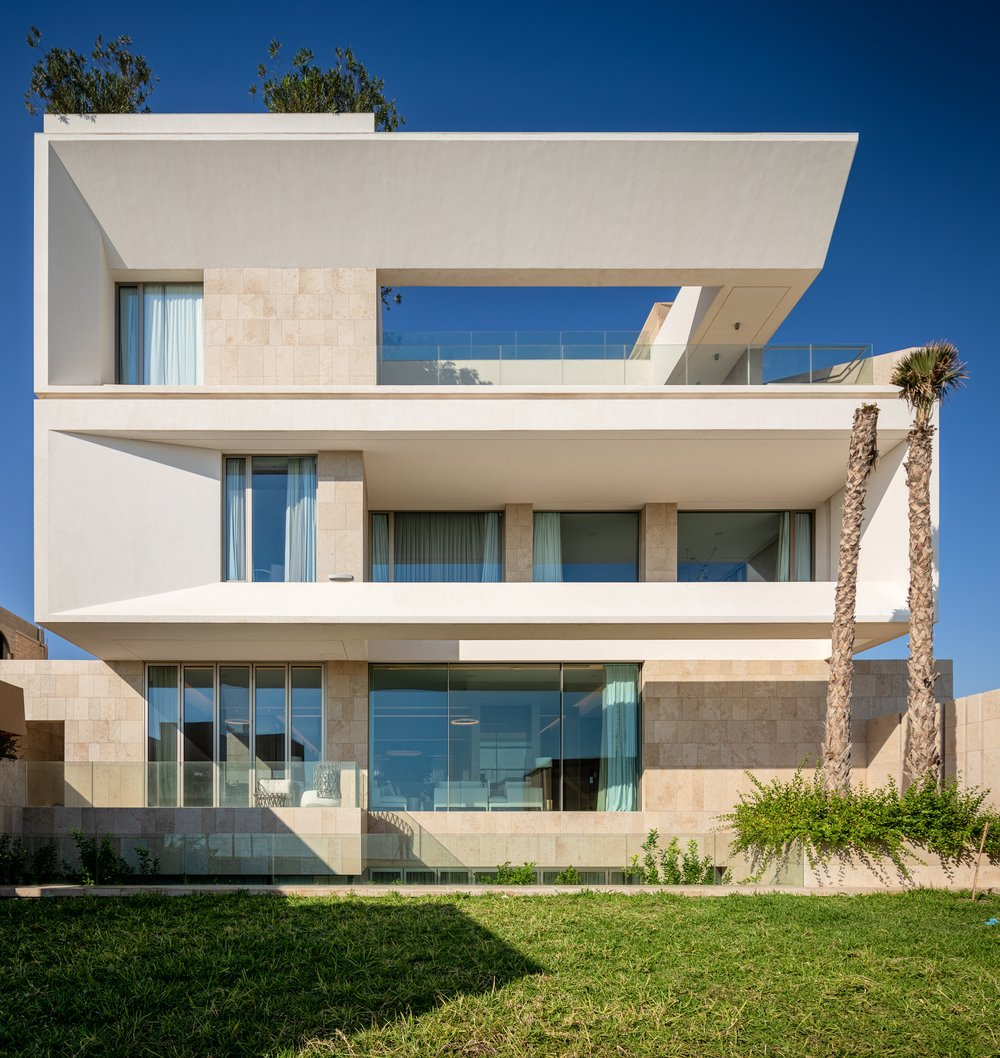 Reborn House by AlHumaidhi Architects