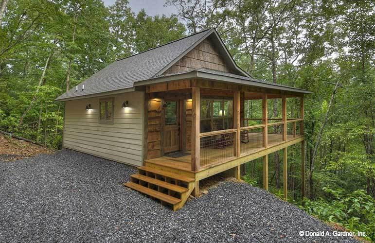 Single-Story 1-Bedroom Rustic Style The Dwight Cabin with Wraparound Porch