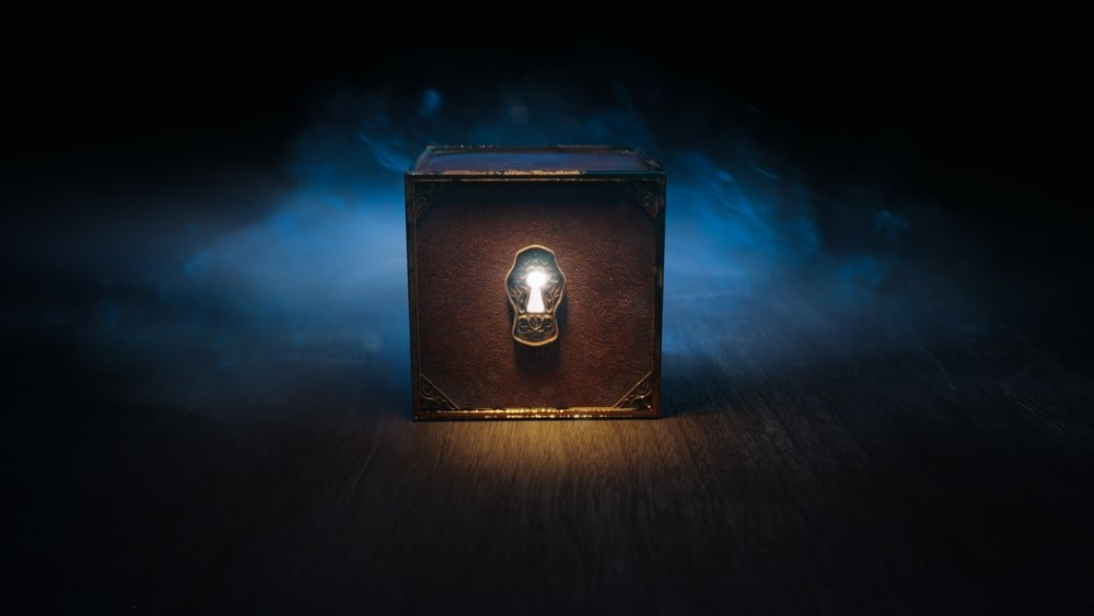 A mysterious box with a keyhole in the middle.