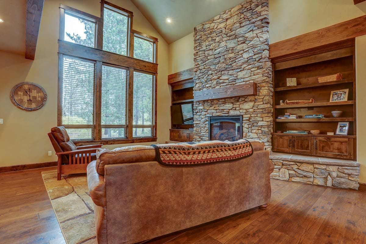 Clerestory windows on the left side bring an ample amount of natural light in.