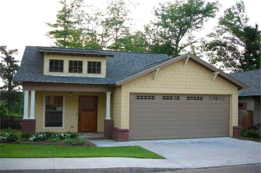 3-Bedroom Single-Story Craftsman Home for a Narrow Lot with Open Concept Living