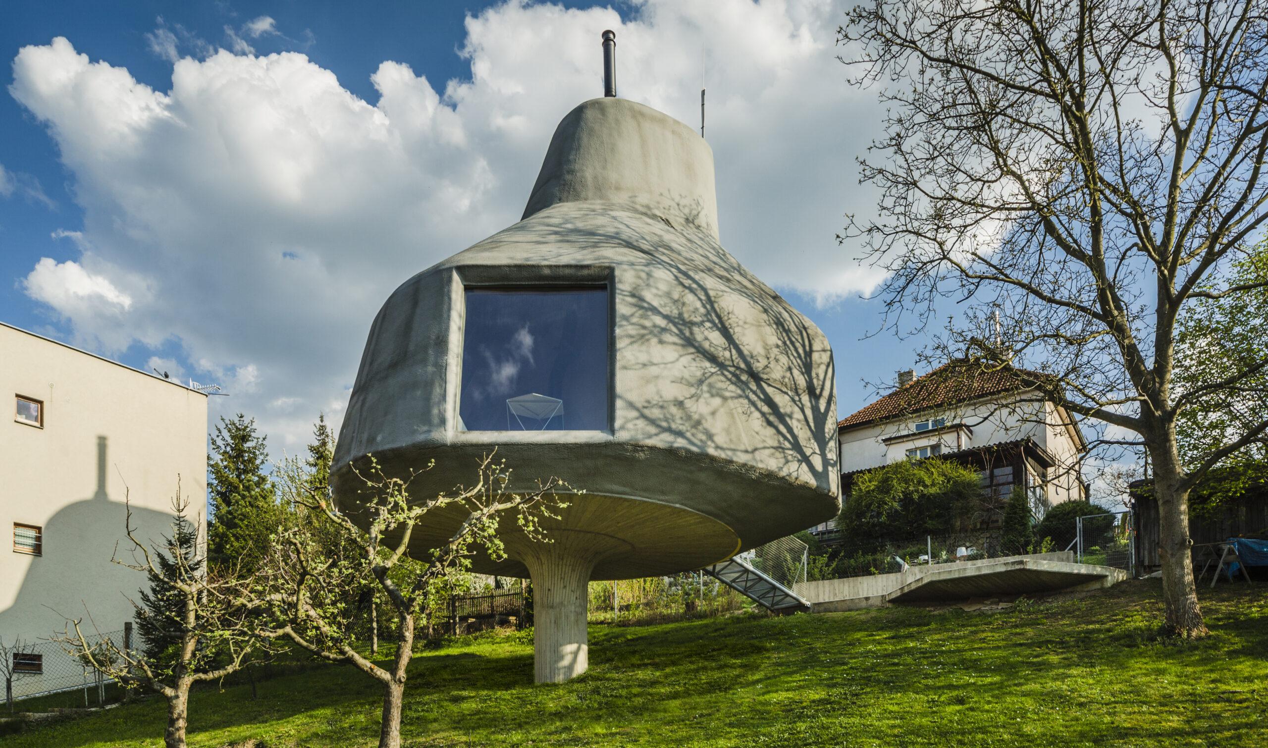 House in the Orchard by Šépka architekti