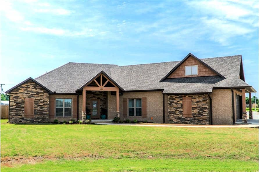 Single-Story 3-Bedroom Bungalow Ranch for a Corner Lot with Bonus Room