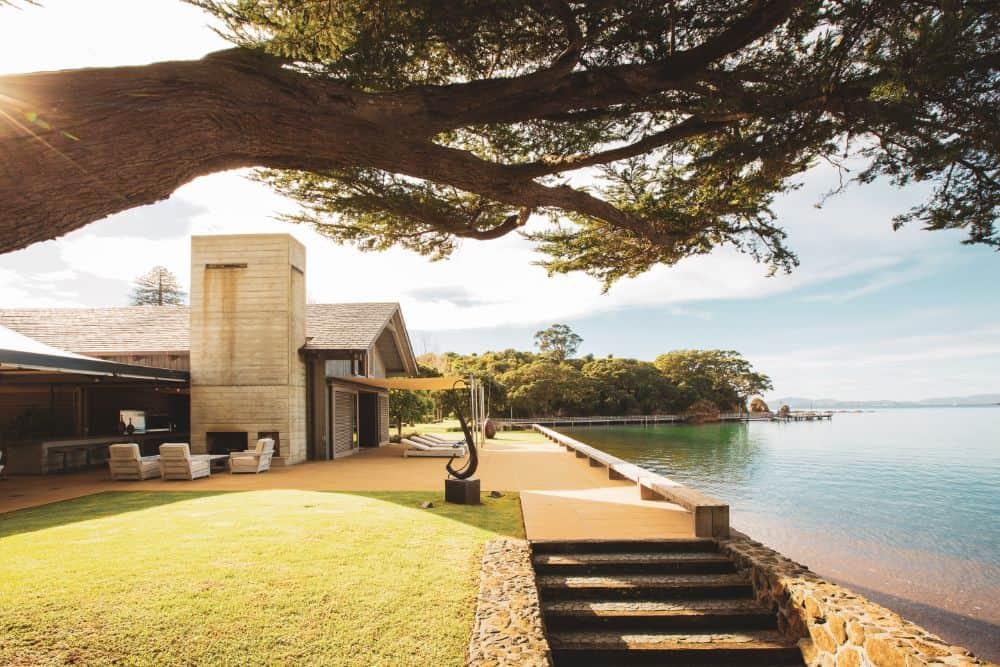 Mountain Landing Boathouse by Cheshire Architects