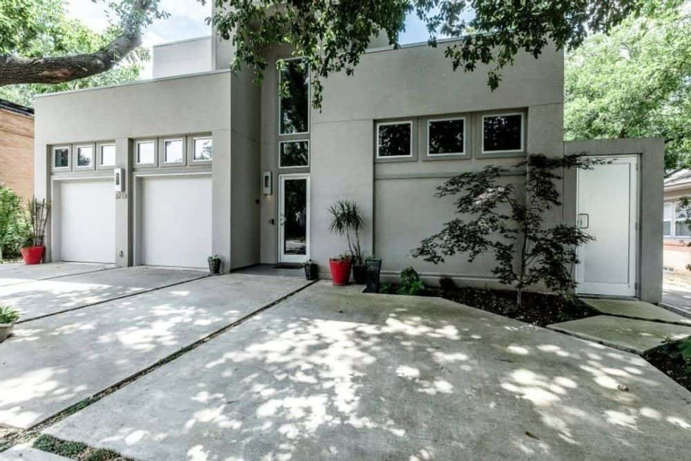 Two-Story 3-Bedroom Modern Home for a Narrow Lot with Elevator, Bar, and Balcony