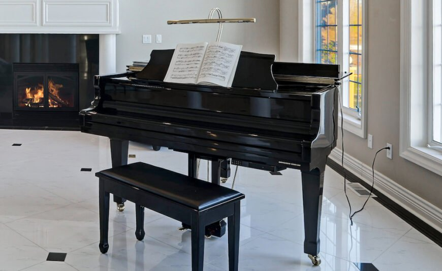 Piano with piano lamp