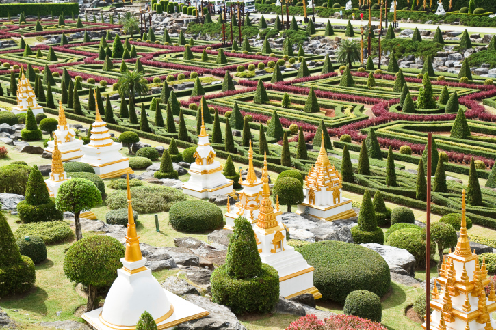 Huge topiary garden containing all kinds of shapes, frames and sculptures